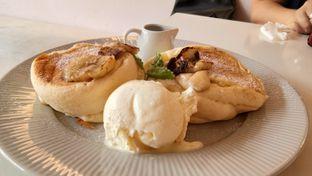 Foto 2 - Makanan(Caramel Banana Pancake) di Sugar Bloom oleh Komentator Isenk