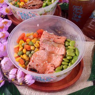 Foto 2 - Makanan di Yolo Poke oleh Chris Chan