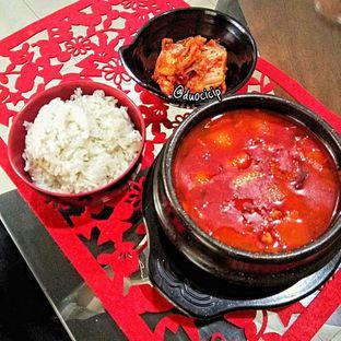 Foto 3 - Makanan(Sundubu Jigae) di Warung Korea Pop oleh felita [@duocicip]