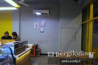 Foto 6 - Interior di Yellow Truck Coffee oleh Anisa Adya