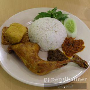 Foto 4 - Makanan di Pak Qomar - Bebek & Ayam Goreng oleh Ladyonaf @placetogoandeat