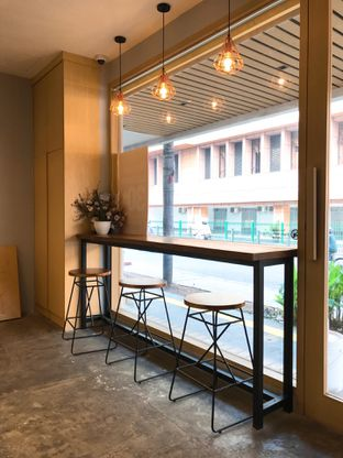 Foto 7 - Interior di Gramasi Coffee oleh yudistira ishak abrar