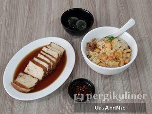 Foto 3 - Makanan di Bubur Hioko oleh UrsAndNic