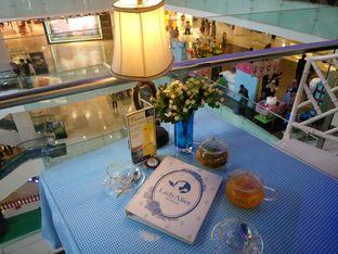 Foto 4 - Interior di Lady Alice Tea Room oleh yudistira ishak abrar