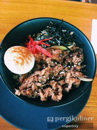Foto 2 - Makanan(beef yakiniku rice) di Onni House oleh @supeririy