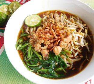 Foto 1 - Makanan(Mie Kangkung Jumbo) di Mie Kangkung Jimmy oleh Angelina wj