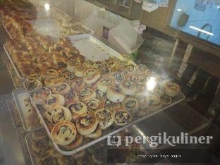 Foto 1 - Makanan di Roti Unyil Venus oleh Rifky Syam Harahap | IG: @rifkyowi