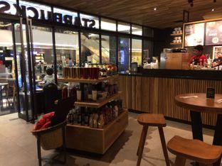 Foto 6 - Interior di Starbucks Coffee oleh Elvira Sutanto