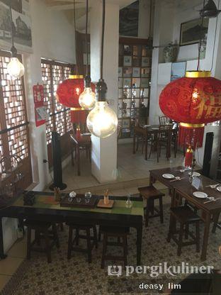 Foto 6 - Interior di Pantjoran Tea House oleh Deasy Lim