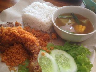 Foto - Makanan di Ayam Kremes Bu Tjondro oleh Komentator Isenk