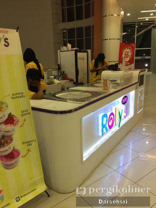 Foto 5 - Eksterior di Rolly's Thai Ice Cream oleh Darsehsri Handayani