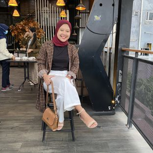 Foto 5 - Eksterior di Beranda Depok Cafe & Resto oleh Tatan