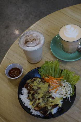 Foto 6 - Makanan di Honey Beans Coffee & Roastery oleh yudistira ishak abrar