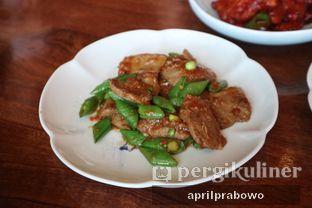 Foto 12 - Makanan di Hakkasan - Alila Hotel SCBD oleh Cubi