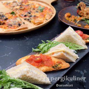 Foto 2 - Makanan di The Lake House - Pesona Alam Sedayu Hotel oleh Darsehsri Handayani
