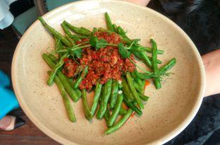 Foto 3 - Makanan(Buncis Szechuan ) di Eastern Opulence oleh Renodaneswara @caesarinodswr