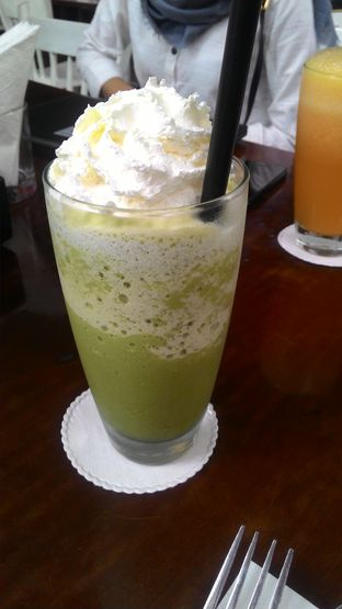 Foto 3 - Makanan(Green Tea Blend) di Eighty/Nine Eatery & Spirits oleh T Fuji Hardianti