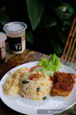 Foto review Koffie TJ & Cafe oleh Darsehsri Handayani 2