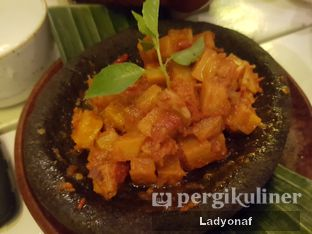 Foto review Tugu Kawisari Coffee & Eatery oleh Ladyonaf @placetogoandeat 2