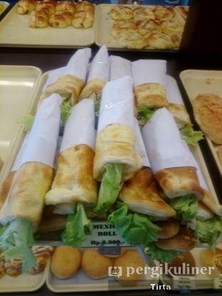 Foto 11 - Makanan di Clover Bakery oleh Tirta Lie