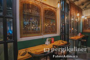 Foto 8 - Interior di Cincau Bistro oleh Fahmi Adimara
