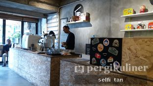 Foto 2 - Interior di Sana Coffee oleh Selfi Tan