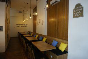 Foto 18 - Interior di Bruins Coffee oleh yudistira ishak abrar