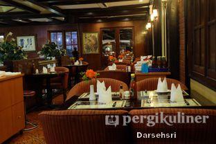 Foto 9 - Interior di Gandy Steak House & Bakery oleh Darsehsri Handayani