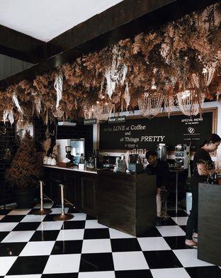 Foto 3 - Interior di Kupu Kopi oleh Della Ayu