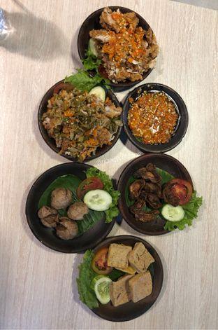 Foto 2 - Makanan di Penyetan Cok oleh Riani Rin