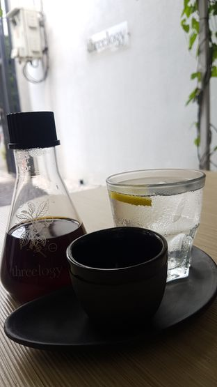Foto 2 - Makanan di Threelogy Coffee oleh El Yudith