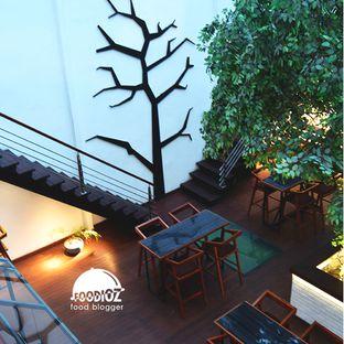 Foto 6 - Interior di Bittersweet Bistro oleh IG: FOODIOZ