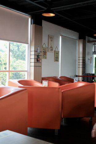 Foto 7 - Interior di Bounce Cafe oleh Prido ZH