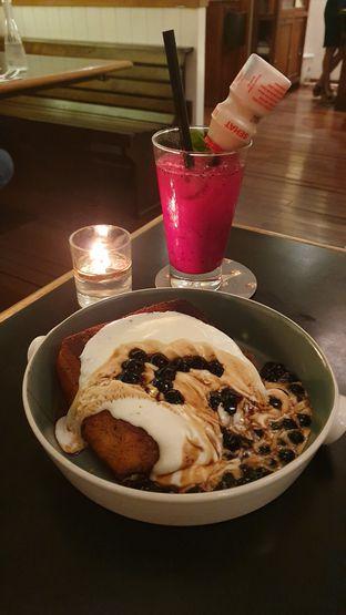 Foto 1 - Makanan di Benedict oleh BiBu Channel
