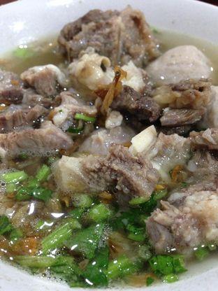 Foto 2 - Makanan(Baso Campur) di Bakso Mantep Gunung Giri Solo oleh awakmutukangmakan