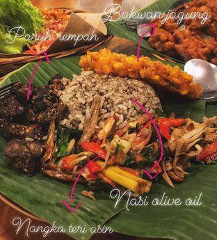 Foto - Makanan di Nasi Pedes Cipete oleh Fatsopotato