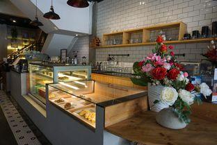 Foto 4 - Interior di Agenda Coffee Bistro oleh eatwerks