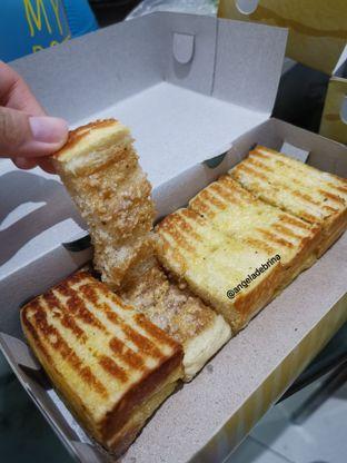 Foto 2 - Makanan(Original Tiramisu Crunchy ) di Roti Bakar Mewah oleh Angela Debrina