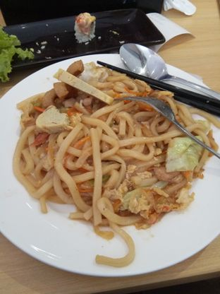 Foto 2 - Makanan di Peco Peco Sushi oleh Wulandari Ong