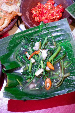 Foto 8 - Makanan di Waroeng SS oleh Indra Mulia