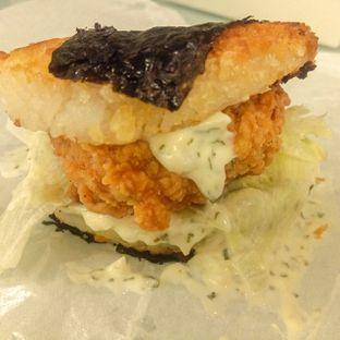 Foto 9 - Makanan di Kojima Burger & Coffee oleh felita [@duocicip]