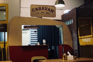 Foto 2 - Interior di Caravan Eat The Ribs oleh Fadhlur Rohman