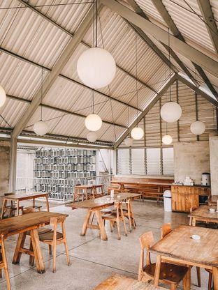 Foto 5 - Interior di Warung Nako oleh Indra Mulia