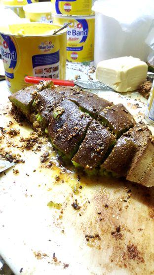 Foto 2 - Makanan di Martabak Alay oleh Naomi Suryabudhi