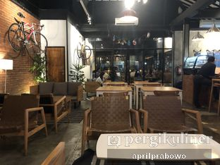 Foto 3 - Interior di Kayuh Clubhouse oleh Cubi
