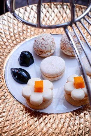 Foto 16 - Makanan di The Writers Bar - Raffles Jakarta Hotel oleh Indra Mulia