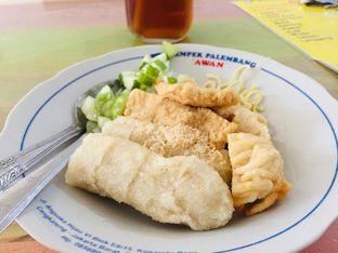 Foto 1 - Makanan di Pempek Palembang Awan oleh Maria Teresia