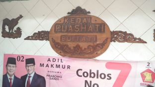 Foto 1 - Interior di Nasi Uduk Kebon Kacang Puas Hati oleh Review Dika & Opik (@go2dika)