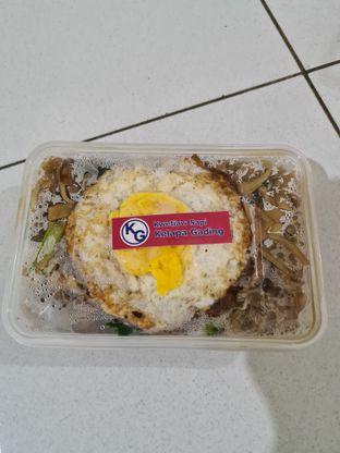 Foto 2 - Makanan di Kwetiaw Sapi Kelapa Gading oleh Eatandtravelsstory