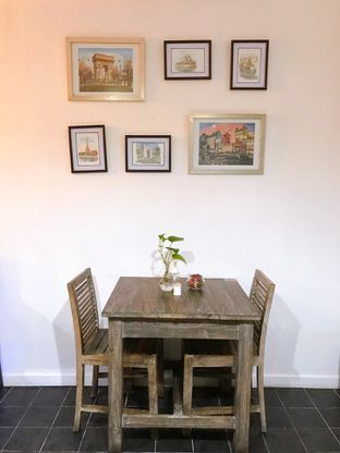 Foto 8 - Interior di PLUIE Cafe & Resto oleh yudistira ishak abrar